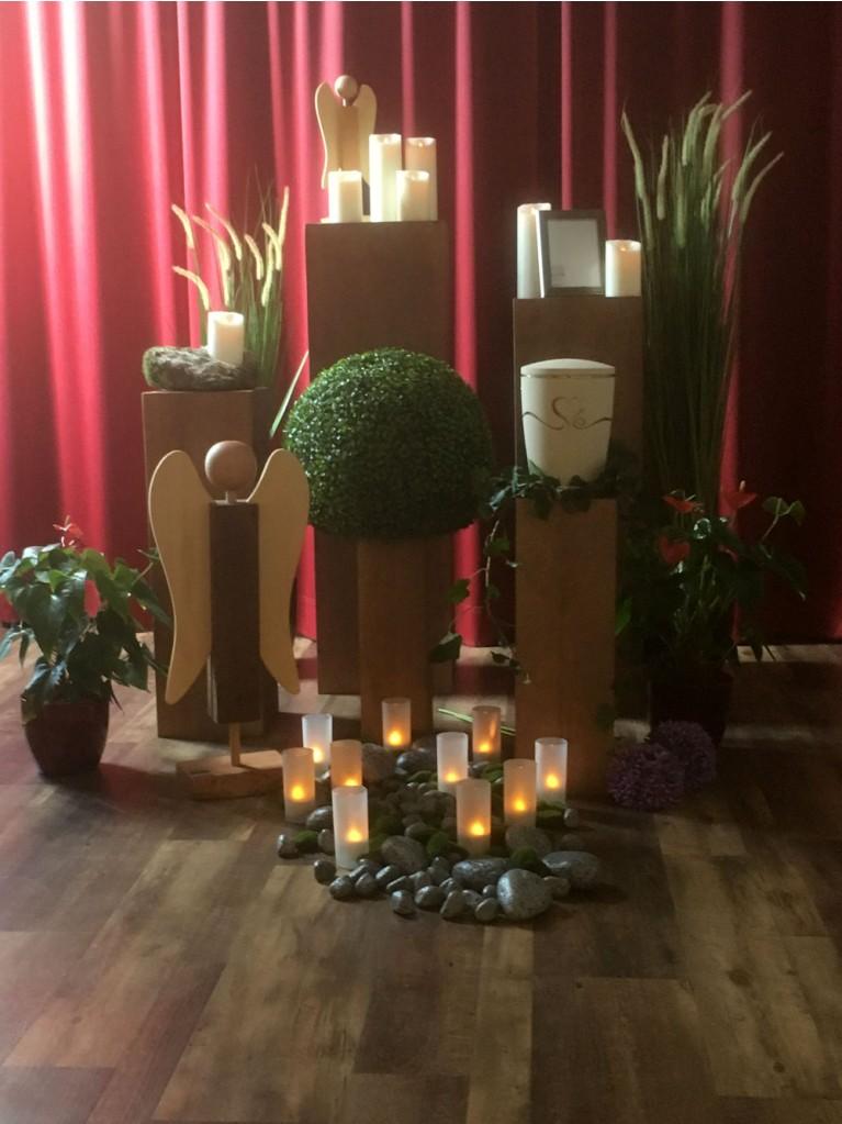 Urnenaufbahrung Stapelsäulen